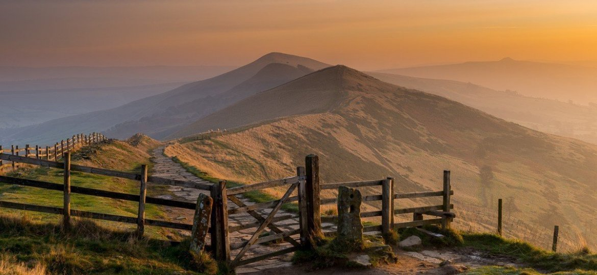 The sun casting some side light onto Hollins Hill and Back Tor, on the Great Ridge in the Peak District.