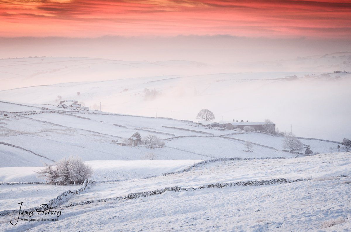 A glorious and stunning winter sunrise from Axe Edge in the Peak District