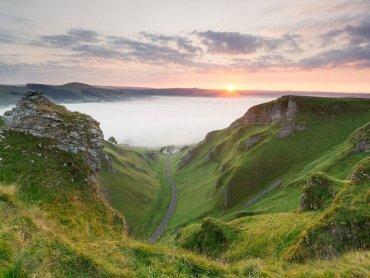 Winnats Pass In Derbyshire