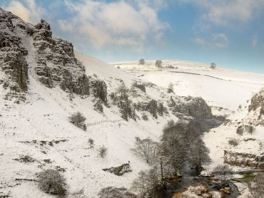 Peaseland Rocks And Wolfscote Dale