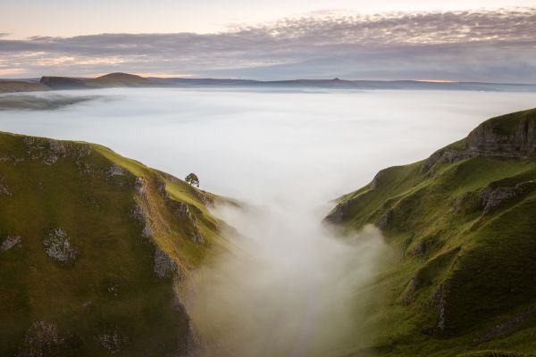 inversion at winnats pass - peak district