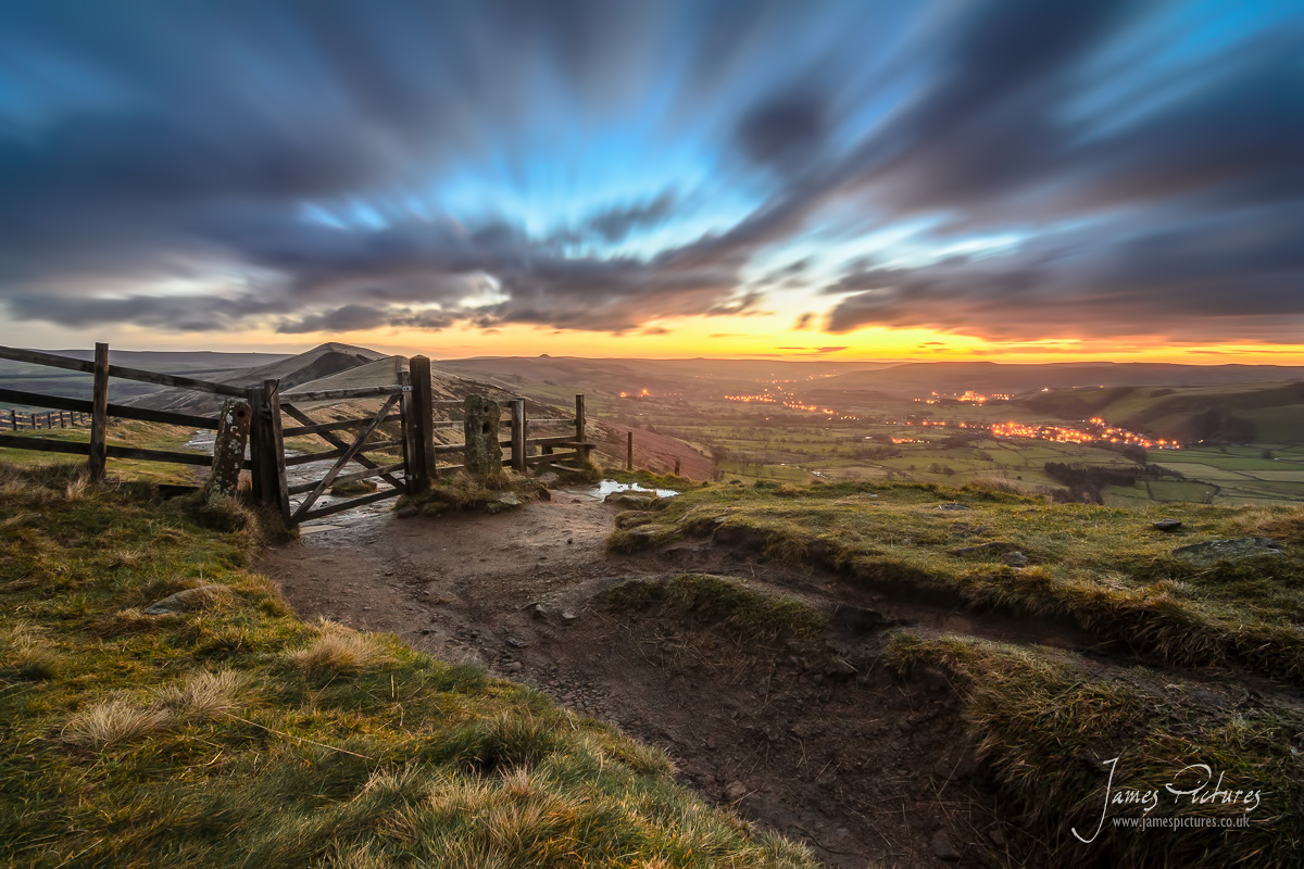 Sunrise on Mam Tor in the Peak District - James Pictures